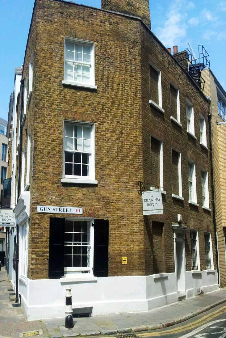 Spitalfields London: Samuel's Stores 41, Artillery